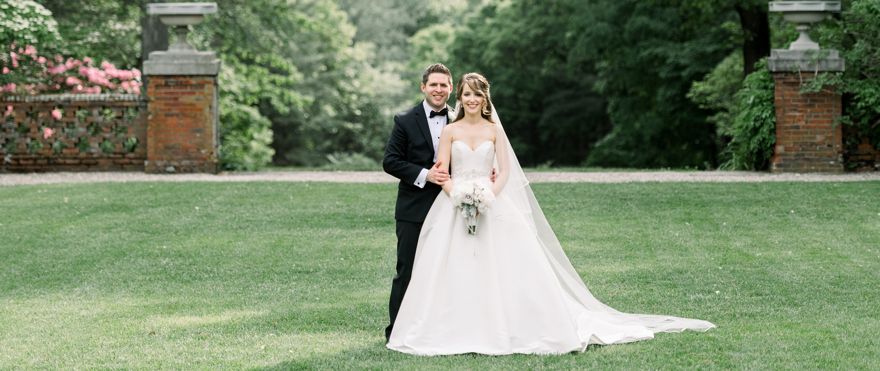 NATE + LAURA | BLUE HILL COUNTRY CLUB WEDDING