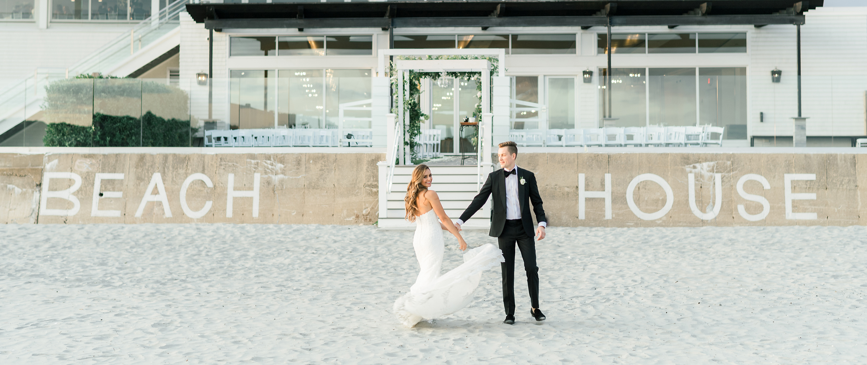 KIM + JAMES: NEWPORT BEACH HOUSE WEDDING